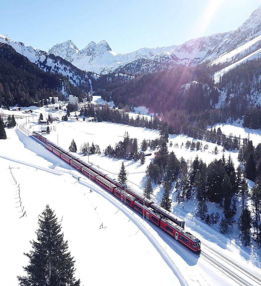 Schweiz-Eisenbahn-Winter.jpg